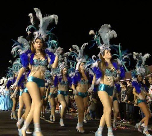 Karneval auf Madeira - Samba Tänzerinnen